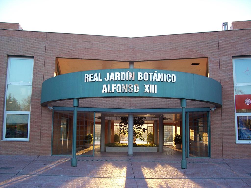 Jardín Botánico, Edificio principal