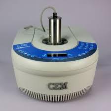 Análisis de un compuesto por espectroscopía ultravioleta.
