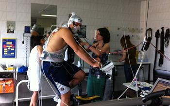 Preparación paciente previa a la prueba de esfuerzo.