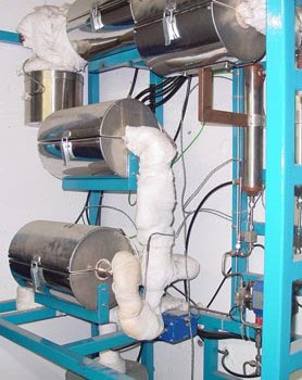 Reactor continuo que trabaja en condiciones supercríticas.