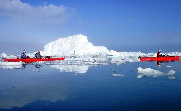 El manto de hielo de Groenlandia amenaza con su desaparición. / twiga269 FEMEN.