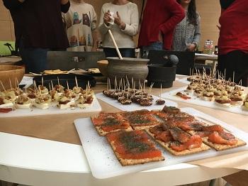 """""""Suculento menú romano elaborado por alumnos de secundaria en """"Cocina como  un romano"""" en la XVII Semana de la Ciencia""""."""