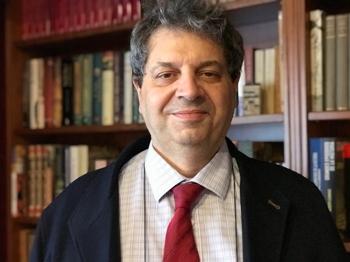 El profesor Antonio López Farré.  / A.L.F. Nogales.