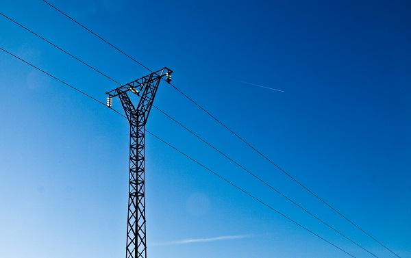 Los apoyos eléctricos se clasificarán entre 0 y 1 de peligrosidad. / Alejandro Espinosa.