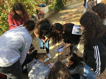 Un grupo de estudiantes de Bachillerato en la pasada Semana de la Ciencia. / UCM.