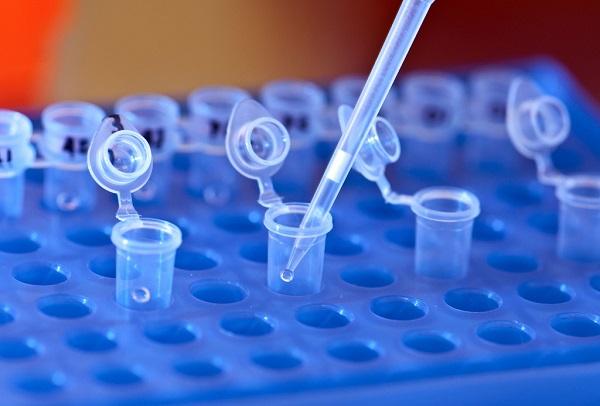 Los científicos han usado técnicas de secuenciación genética en las muestras de sangre de las pacientes. / SNRE.
