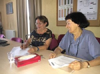 Isabel del Río y Dolores Brandis, en la entrevista. / UCM.