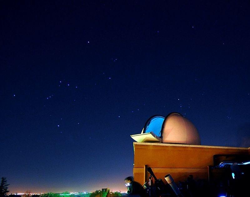 Cúpula Este del Observatorio (@Pedro Saura) - 337-2014-01-09-ObservatorioUCM_PedroSaura.JPG