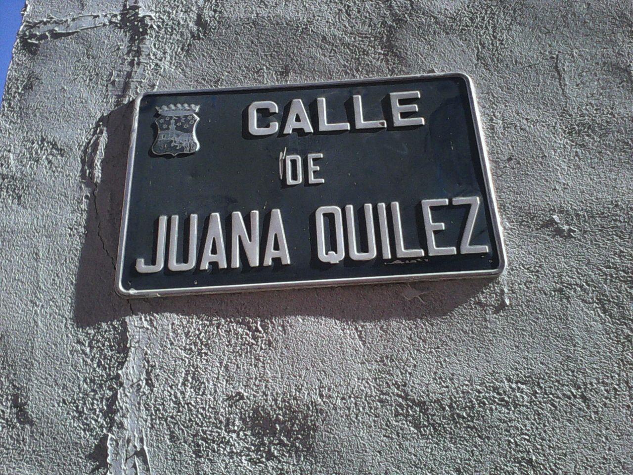Placa calle Juana Quilez