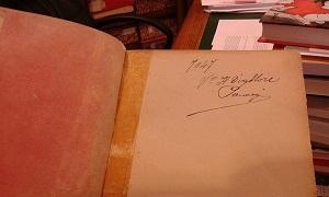 Autógrafo de Gramsci en uno de sus libros