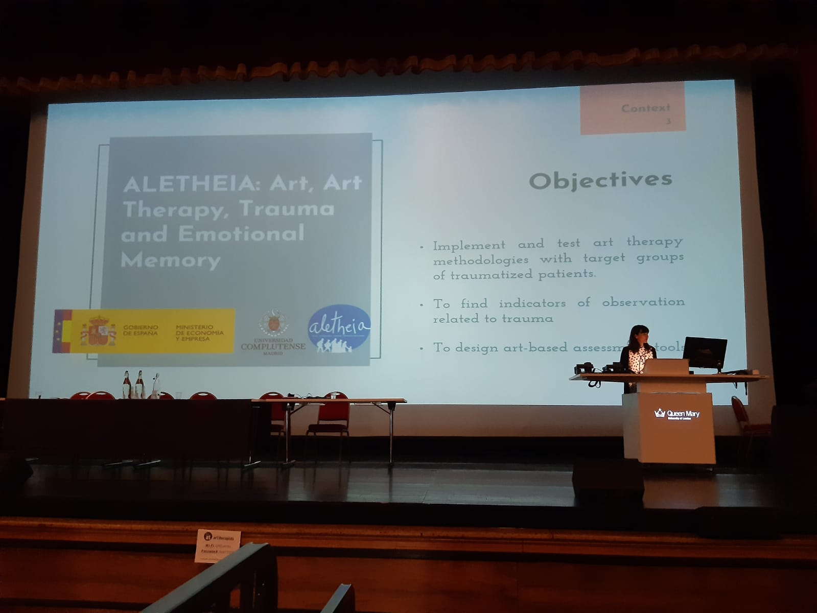 Carolina Peral presenta en el congreso internacional British Association of Art Therapist, una metodología de intervención