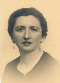 Retrato de Manuela Serra cedido por su propia familia.