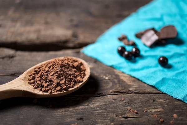 Less than three grammes of pure cocoa powder improves daytime visual acuity.  / Brands & People.