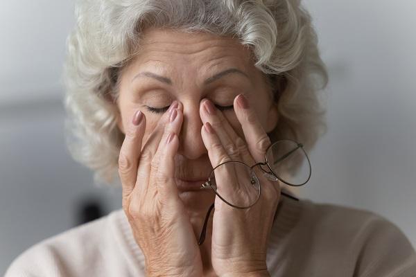 Fatiga, tos, disnea y dolor torácico son los principales síntomas persistentes. / Shutterstock.