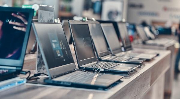El sistema desarrollado permite reducir el tamaño de estos elementos para los ordenadores. / Shutterstock.